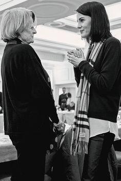 jodockerys:Maggie Smith and Michelle Dockery, Downton Abbey season 6 read-through.