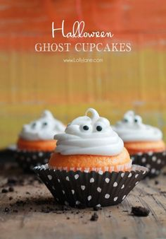 Orange Fanta GHOST Cupcakes, perfect for Halloween! Sprinkled with crushed OREO