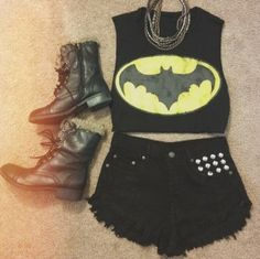 Shirt batman crop tops clothes shorts black and yellow shoes grunge all black everything crop tops Batman Outfits, Emo Outfits, Short Outfits, Summer Outfits, Rock Outfits, Superman Outfit, Themed Outfits, Party Outfits, Summer Clothes