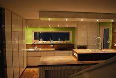 Mein Küchentraum - eine echte Sam - Fertiggestellte Küchen - Schreinerküche Grifflos
