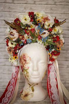 Svadobná folk parta Heart Of Europe, Princess Zelda, Wedding, Beautiful, Country, Party, Recipes, Ethnic Dress, Suits