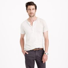 Casual shirt for the hot, southern summers - Slim broken-in short-sleeve henley