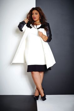 57974664366 Look Elegant In Black And White Plus Size Dresses!