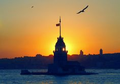 Sunset in the Lighthouse, Uskudar, Istanbul. Istanbul Turkey, Empire State Building, Beautiful Places, Amazing Places, Lighthouse, The Good Place, Places To Go, Around The Worlds, Tower