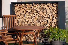 Kaminholzregal Aluminium Firewood Rack, Outdoor Storage, Aluminium, Crafts, Storage Ideas, Woodwind Instrument, Glass Building, Indoor Courtyard, House Exteriors