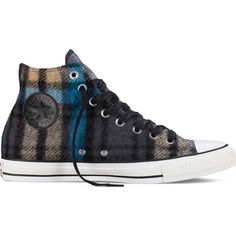 Converse Chuck Taylor All Star Woolrich – black Sneakers ($40) ❤ liked on Polyvore featuring shoes, sneakers, black, converse trainers, star shoes, converse footwear, print sneakers and black sneakers