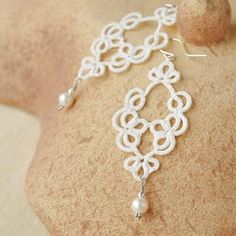 Tatted Lace & Pearl Earrings