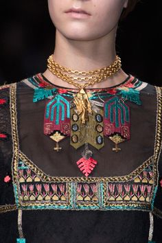 Valentino / SS 2014 / High Fashion / Ethnic & Oriental / Carpet & Kilim & Tiles & Prints & Embroidery Inspiration /