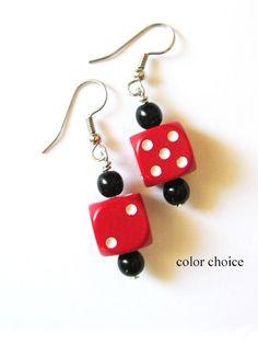 Cute Jewelry, Jewelry Crafts, Beaded Jewelry, Jewellery, Bead Earrings, Polymer Clay Earrings, Recycled Jewelry, Handmade Jewelry, Bunco Gifts