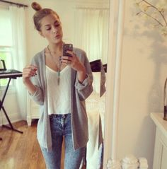 cute- cardigan, tank and skinnies- nice casual day outfit for spring or autumn