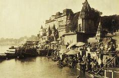 Varanasi वाराणसी   1970 Escadarias do Ganges