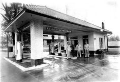 conoco gas station pictures   Continental (Conoco) Filling Station – Clarksville