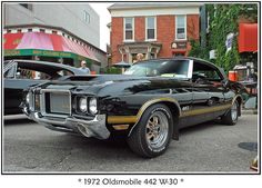 1972 Oldsmobile 442 - before muscle gave way to mileage - by sjb4photos, via Flickr