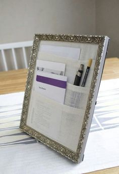 DIY Craft Room Ideas and Craft Room Organization Projects - Table Organizer - Cool Ideas for Do It Yourself Craft Storage - fabric, paper, pens, creative tools, crafts supplies and sewing notions Old Picture Frames, Old Frames, 10 Picture, Picture Frame Projects, Picture Frame Table, Empty Frames, Free Picture, Diy Projects To Try, Craft Projects