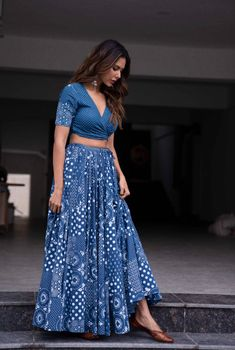 ( ・・・ Wearing for the promotions of Gudiyaan Patole. Dress Indian Style, Indian Fashion Dresses, Indian Designer Outfits, Fashion Outfits, Fashion Hacks, Lehenga Designs Simple, Choli Designs, Blouse Designs, Ethnic Outfits