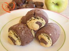 Involtino di biscotto http://www.cuocaperpassione.it/ricetta/db301f4c-9f72-6375-b10c-ff0000780917/Involtino_di_biscotto