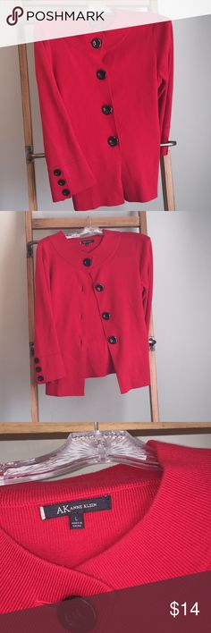 Anne Klein swing sweater. Large Fire engine red. Knit sweater. Swing sweater. Anne Klein Sweaters