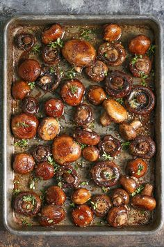 Sheet Pan Garlic Butter Mushrooms - The BEST side dish ever! Simply roast your mushrooms in the most heavenly garlic butter sauce on ONE SINGLE PAN!