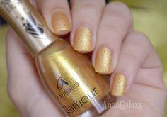Anna Galaxy: Aurelia. Лак для ногтей Glamour G37 velvet effect
