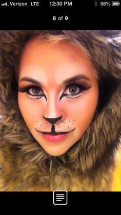 Fun lion makeup :) Halloween Makeup Looks, Creepy Halloween, Halloween Make Up, Halloween Themes, Cowardly Lion Costume, Lion King Costume, Lion Costumes, Lion Makeup, Face Paint Makeup