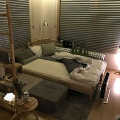 Dream Rooms, Dream Bedroom, Room Ideas Bedroom, Bedroom Decor, Minimalist Room, Aesthetic Room Decor, Cozy Room, My New Room, House Rooms