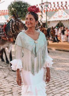 maria-garcia-dejaime-feria Looks Instagram, Exotic Beauties, Textile Design, Cover Up, Tulle, Ruffle Blouse, Textiles, Outfits, Lady