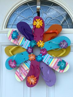 Flip Flop Wreaths, Faux Stained Glass, Beach Flip Flops, Small Cards, Home Decor Wall Art, Summer Wreath, Sell On Etsy, Colorful Flowers, Decorating Your Home