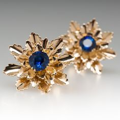 Vintage Tiffany & Co Blue Sapphire Floral Earrings 14K Tiffany Earrings, Diamond Earrings, Modern Jewelry, Jewelry Design, Designer Jewelry, Blue Sapphire, Jewelry Collection, Wedding Bands, Engagement Rings