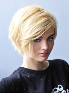 Dive in to get those irresistible Layered Bob Hairstyles. you can get a perfect short layered bob hairstyles for your short hair or layered lob as you want. Cute Short Haircuts, Cute Hairstyles For Short Hair, Girl Short Hair, Short Hair Cuts For Women, Straight Hairstyles, Black Hairstyles, Short Blonde, Medium Haircuts, Blonde Pixie