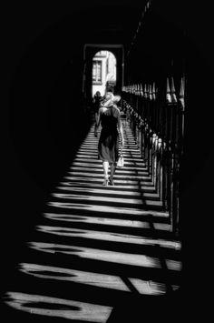 """500px / Photo """"Elégance"""" by Eric DRIGNY #blackwhite http://pinterest.com/sucailiu/"""