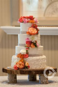 Bright floral cascade by ZuZu's Petals // Complete Photography