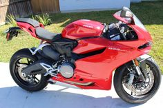 Used 2014 Ducati SUPERBIKE 899 PANIGALE Motorcycles For Sale in Texas,TX. New-Like condition. Only 937 miles.