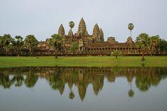 Angkor, conjunto de templos, uno de los más espectaculares sitios de la tierra, la mayor atracción de Camboya.