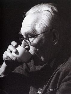 Bernard Leach was deeply influenced by Japanese aesthetics