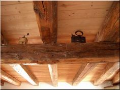 Fafödém, pórfödém, parasztfödém építése új és antik faanyagokból, Felújított fagerendák - szelemen - szarufa - tetőfa - sárgerenda - mestergerenda - # Loft bútor # antik bútor#ipari stílusú bútor # Akác deszkák # Ágyásszegélyek # Bicikli beállók #Bútorok # Csiszolt akác oszlopok # Díszkutak # Fűrészbakok # Gyalult barkácsáru # Gyalult karók # Gyeprács # Hulladékgyűjtők # Információs tábla # Járólapok # Karámok # Karók # Kérgezett akác oszlopok, cölöpök, rönkök # Kerítések, kerítéselemek… Home Decor, Decor