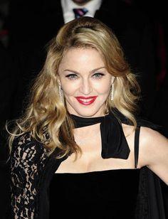 Madonna's MDNA Number 1 Album In UK