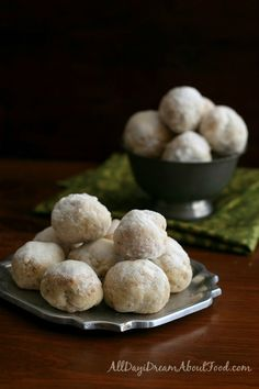 gluten-free snowball cookies. such a childhood classic for me, now #paleo too!