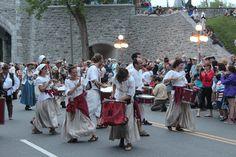 Défilé des fêtes de la Nouvelle-France 2014 - Québec, QC, Canada Qc Canada, Lace Skirt, Street View, Baby Born, World