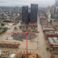 Flood alert: Limit water use. People evacuated in Calgary and High River as flooding rips apart roads, sends fridges down stream in Alberta Weather Storm, Weather Network, O Canada, Before Us, Natural Wonders, Calgary, Paris Skyline, Cool Pictures