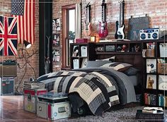 -teen boys bedroom