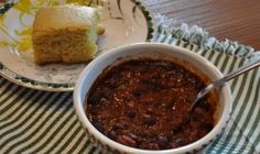 A Taste Of Texas, Texas Chili, Blue Cornmeal Muffins and Texas Coleslaw Great Chili Recipes, Best Chili Recipe, Blue Cornmeal, Texas Chili, Good Food, Yummy Food, No Bean Chili, Wonderful Recipe, Coleslaw