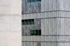 RTP/RPD Studios [concrete_dematerialized=glass] Project: R.T.P. / R.P.D. Studios, Lisbon Architect/Designer: Frederico Valsassina Arquitectos Sources: Featured material: Glass (printed glass facad...