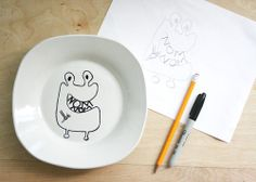 Creative: Eleven Ceramic Projects To DIY  (via The Plumed Nest: Make: DIY Children's Plates made with Sharpies)