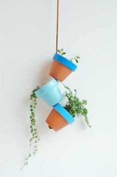 ton blumentopf hängend Selbstgemachte Gartendeko DIY gartengestaltung