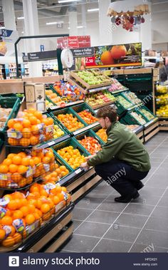 Stock Photo - People shopping in the Tesco supermarket superstore, Aberystwyth Wales UK (on the opening day of the store 24 November 2016 Supermarket Design, Fruit And Veg Shop, Aberystwyth, Wales Uk, Apple Pear, People Shopping, Marketing, Store Design, Furniture