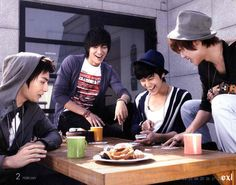 Oh my boys. They have done so much growing since those days! It would make my life to see them in something together again. Come on Korea, let's fund this! Boys Over Flowers F4 Boys Over Flowers, Boys Before Flowers, Los F4, Ji Hoo, Han Byul, Koo Hye Sun, Kim Joong Hyun, Kim So Eun, Korean Drama Movies