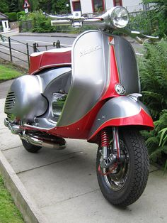 vespa GS by GLscoot, via Flickr