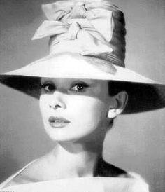187 Best Audrey Hepburn in hats images  42bfe4ced75d