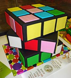 rubik's cube cake by bunchofpants, via Flickr
