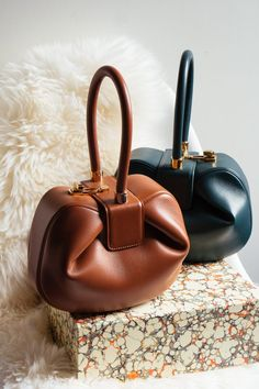 58893b752 Loving Lately: The Gabriela Hearst Nina Bag - PurseBlog Gabriela Hearst,  Star Fashion,